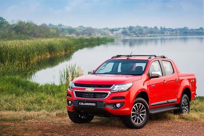 Đánh giá Chevrolet Colorado 2017 chi tiết